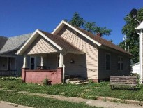 913 S Elm St Shelbyville IN 46176 Rainbow Realty Group Indianapolis IN 46219 (317)-357-4000