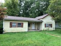 11 W Jackson St Maxwell IN 46154 Rainbow Realty Group Indianapolis IN 46219 (317)-357-4000